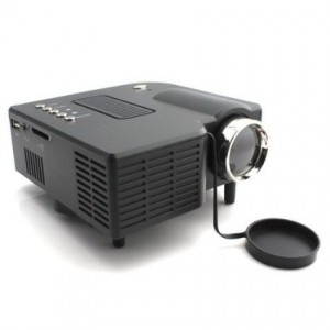 Review aometech uc28 portable hdmi mini projector for Small video projectors reviews